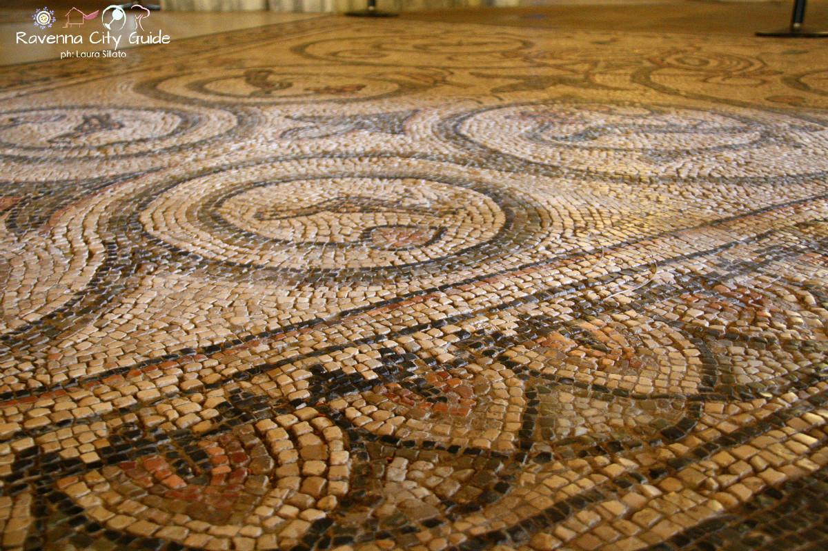 mosaico pavimentale san vitale