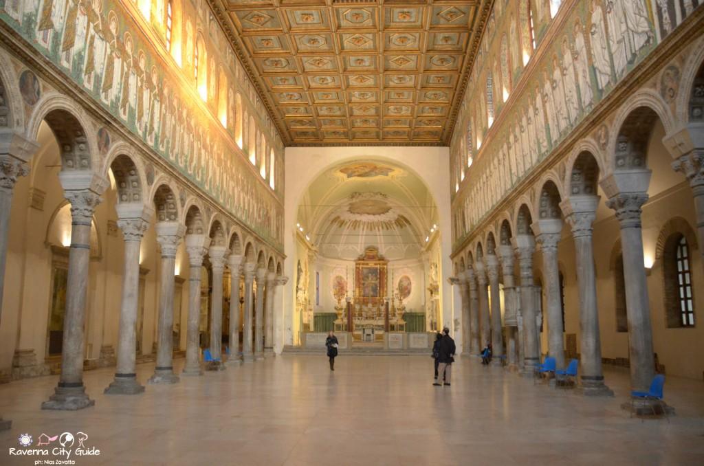 chiesa sant'Apollinare nuovo ravenna