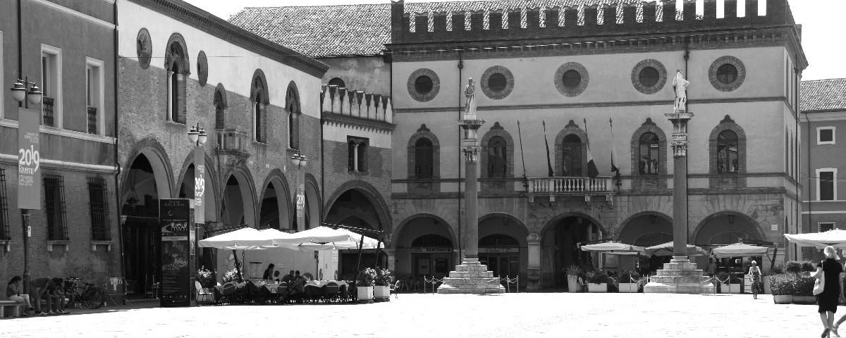 Di papaveri e libertà o Piazza del Popolo